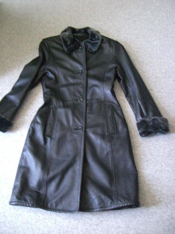 Damenbekleidung Mantel Kunstleder Gr. 36 38 bzw. ca. Gr. S M schwarz ... 6301186763