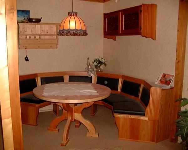 essecke rundbank mit tisch l rche leder schwarz in fischach speisezimmer essecken kaufen. Black Bedroom Furniture Sets. Home Design Ideas