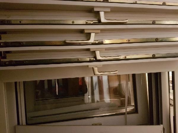 fenster rahmen gebraucht kaufen nur 4 st bis 75 g nstiger. Black Bedroom Furniture Sets. Home Design Ideas