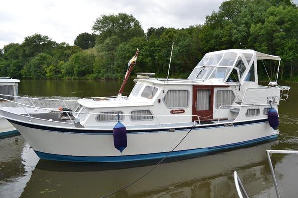 gebrauchtes kaj tboot zu verkaufen in bernburg motorboote kaufen und verkaufen ber private. Black Bedroom Furniture Sets. Home Design Ideas