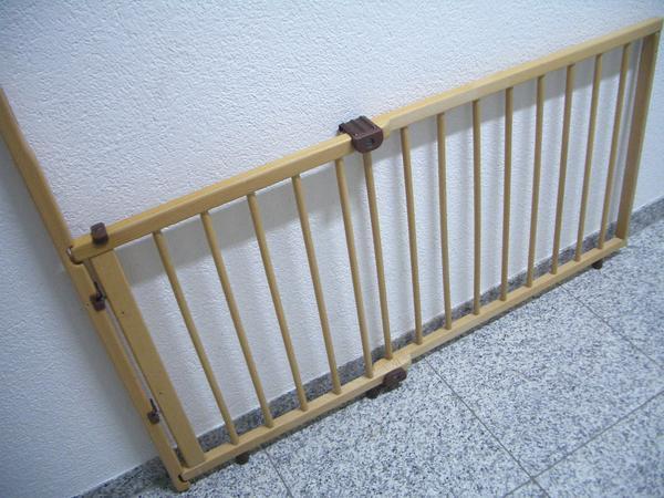 treppenschutzgitter geuther ankauf und verkauf anzeigen. Black Bedroom Furniture Sets. Home Design Ideas