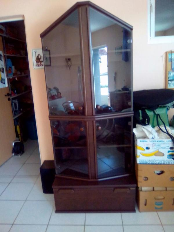glasvitrine schrank neu und gebraucht kaufen bei. Black Bedroom Furniture Sets. Home Design Ideas