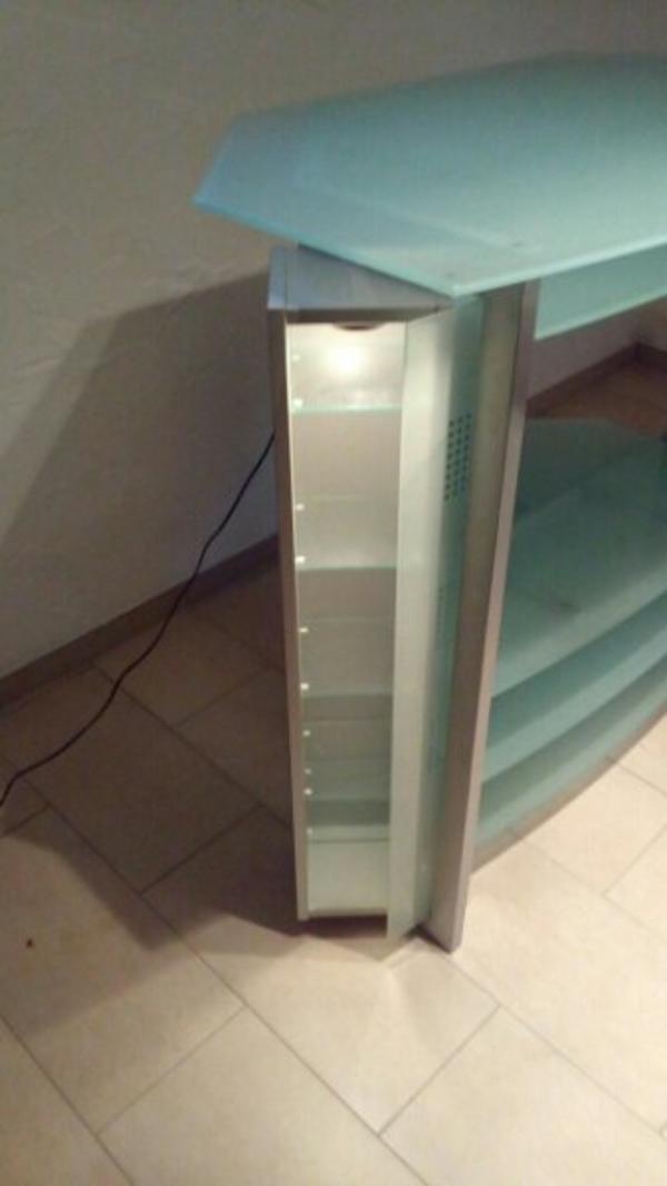 drehbarer schrank neu und gebraucht kaufen bei. Black Bedroom Furniture Sets. Home Design Ideas