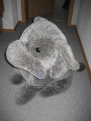 großer Plüschelefant Elefant
