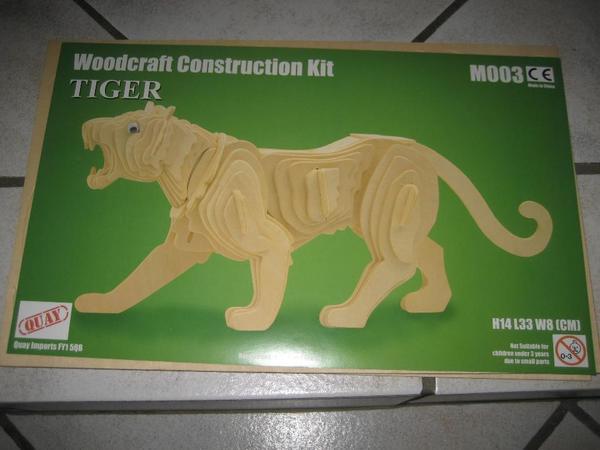Holzpuzzle in 3D Tiger für