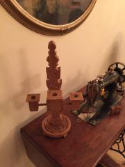 Kerzenständer Holz geschnitzt Höhe 50