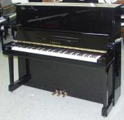 Klavier Yamaha U30BL
