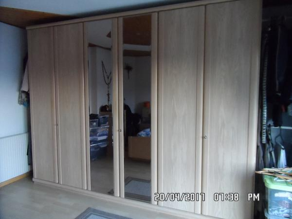 kleiderschrank in rankweil schr nke sonstige schlafzimmerm bel kaufen und verkaufen ber. Black Bedroom Furniture Sets. Home Design Ideas
