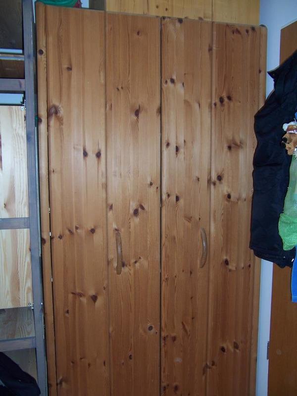 kleiderschrank, schlafzimmerschrank vollholz von möbelum mit ... - Möbelum Küche