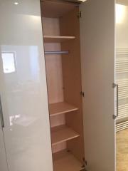 Kleiderschrank weiß hochglanz  Kleiderschrank Weiss Hochglanz - Haushalt & Möbel - gebraucht und ...