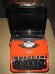 Kofferschreibmaschine, Schreibmaschine