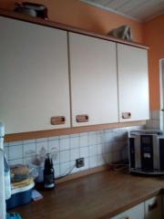 Küche mit Spüle