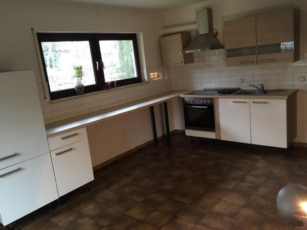 küche weiß hochglanz, helles braun in nürnberg - küchenzeilen ... - Küche Weiss Hochglanz