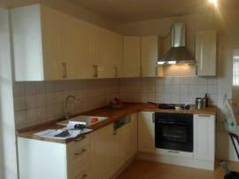 Küchenzeilen, Anbauküchen - Küchen Möbelmontage Laminat verlegen