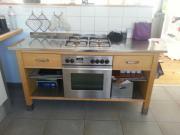 Küchenmobiliar aus Holz