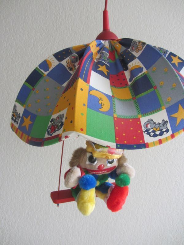Charmant Lampenschirm Kinderzimmer Gebraucht Ideen - Hauptinnenideen ...