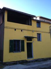 Ligurien Stilvolles Dorfhaus zu verkaufen -