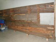 Luftgetrocknetes,abgelagertes Stammholz