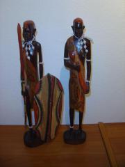 Masai Krieger mit Frau traditionelle