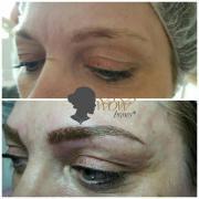 Microblading semipermanent Makeup