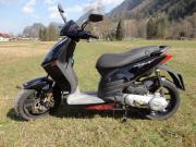Moped Roller Aprilia