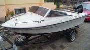 Motorboot mit 115
