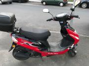 Motorroller/Scooter