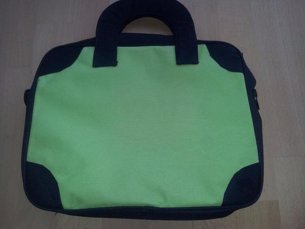 c638e378169d5 NEU Umhänge-Tasche mit Schulterriemen schwarz hell-grün in Stuttgart ...