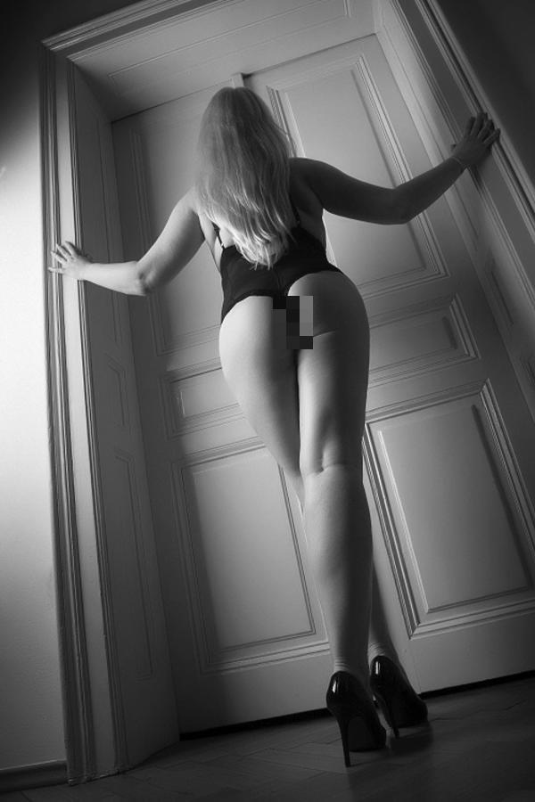 sie sucht ihn erotik markt.de Niederkassel