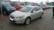 Opel Astra J1.
