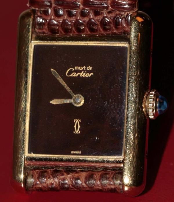 Original Cartier - Neuzustand - Mannheim - Cartier Tank Cartier Paris, 925 Argent, Plaque or G 20 M, Swiss made, Uhr Nr. 3 166512, Werk mechanisch, ca. 18x25 mm, neuwertig, da nicht getragen, einwandfreier Originalzustand., privat. - Mannheim