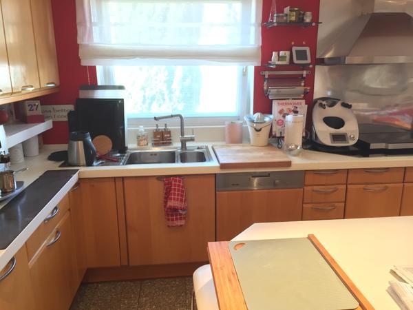 Premium Marken-Küchen zu verkaufen - Schwetzingen - Wegen Haus-Umbau muss ich mich leider von meiner Traumküche verabschieden. Diese Küche der Fa. Zeyko ist 14 Jahre alt und ist immer noch wunderschön und tadellos. Bestückt nur mit Auszügen, Apothekerschrank, Eckenrondell, und sogar ein - Schwetzingen