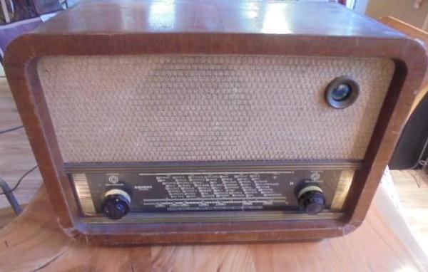 Röhrenradio Siemens Austria » Sonstige Sammlungen
