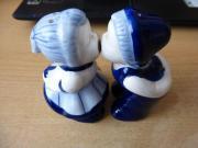 Salz- und Pfefferstreuer Figuren blau-weiß