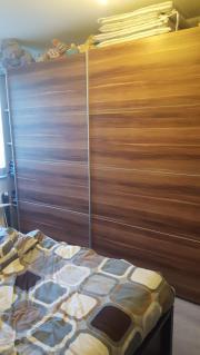 Schlafzimmerschrank zu verkaufen