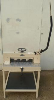 Schneidemaschine IDEAL Stapelschneider Papierschneider Schneidgerät