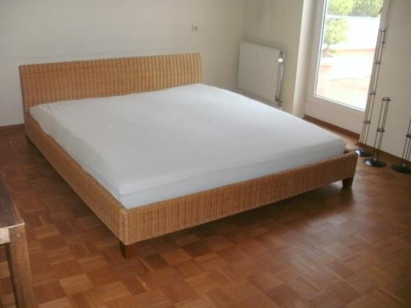 bett 180x200 mit matratze bett mit matratze 180x200 und. Black Bedroom Furniture Sets. Home Design Ideas