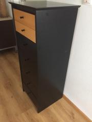 Schubladen-Möbel