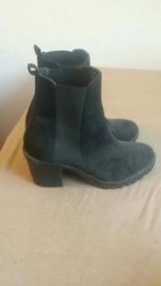 schwarze Boots - Primark -