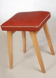 Sitzhocker-Schemel-Kunststoffhocker-gepolstert-vintage-50-60er Jahre Rockabilly