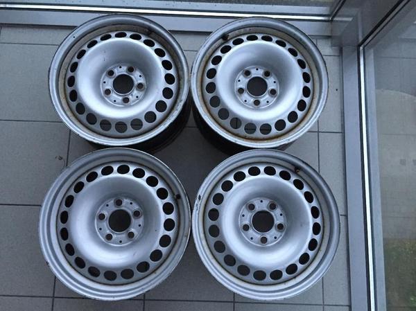 Stahlfelgen Orig. Mercedes E-KLASSE W211 T211 7, 5x16H2 5x112 ET42 - München Trudering - Stahlfelgen Original Mercedes E-KLASSE W211 T211 7,5x16H2 5x112 ET42 21140001024 x Stahlfelgen in gutem gebrauchten Zustand.die Stahlfelgen Original Mercedes-Benz 7,5Jx16H2 / ET42 / LK5x112Abgelesene Nummer: 2114000102Besichtigung und - München Trudering