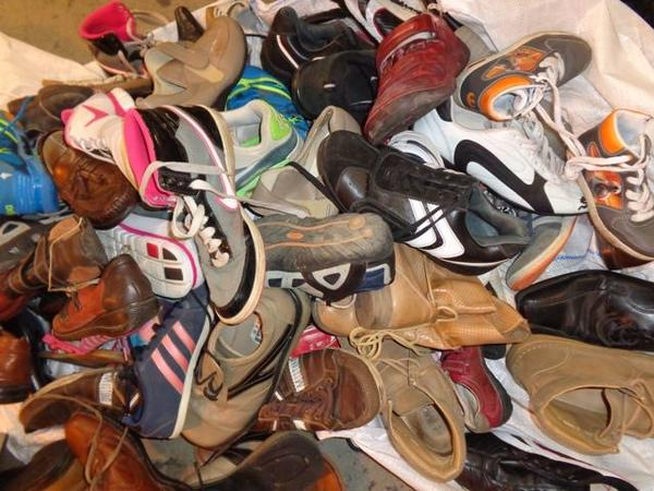 stare odjece For Chile second hand clothes secondhand shoes