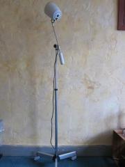 Stehlampe, Arztlampe von