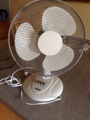 Stender und Ventilator