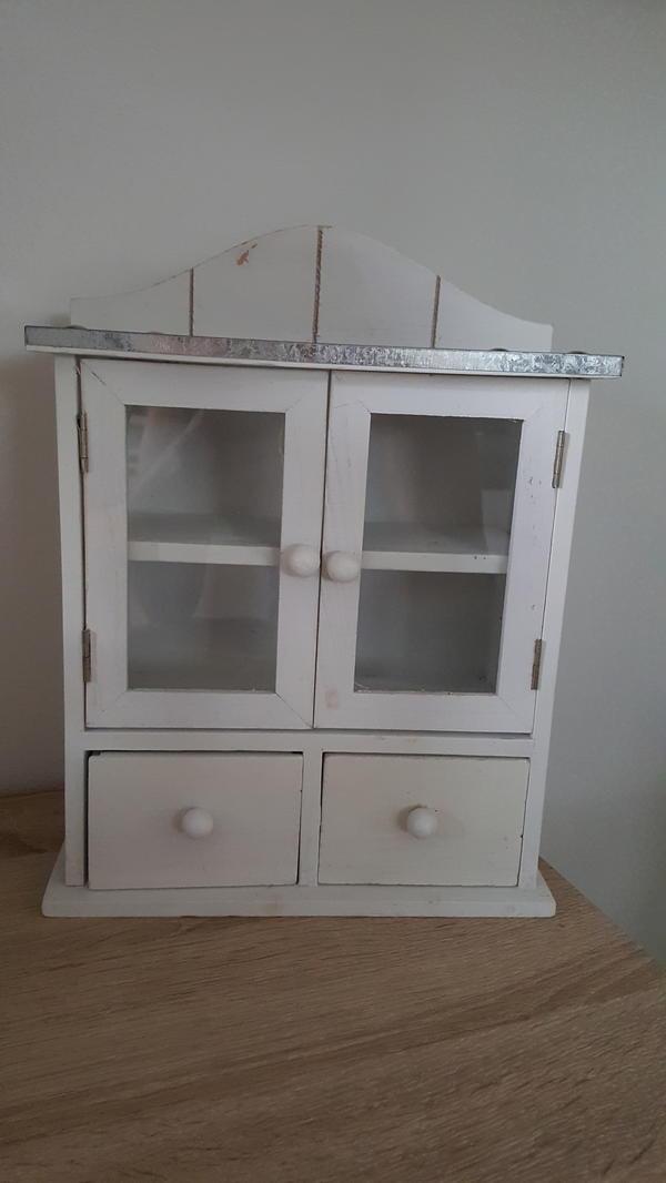 schrankchen shabby chic gebraucht kaufen nur 4 st bis. Black Bedroom Furniture Sets. Home Design Ideas
