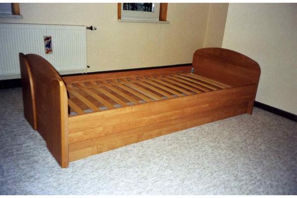 schrank super ankauf und verkauf anzeigen finde den billiger preis. Black Bedroom Furniture Sets. Home Design Ideas
