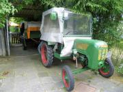 Traktor Oldtimer zu
