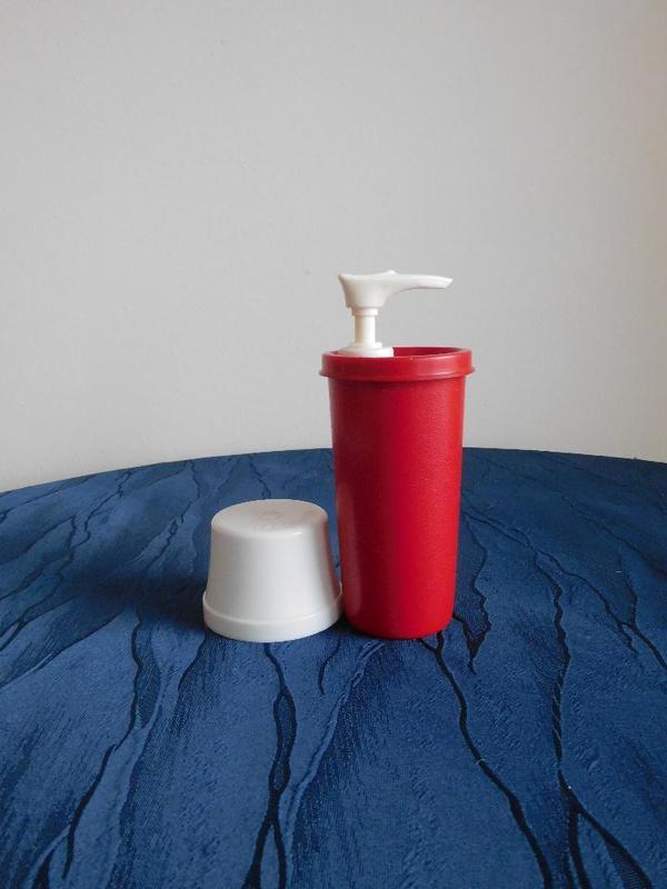 Tupperware Ketchup-Spender Behälter