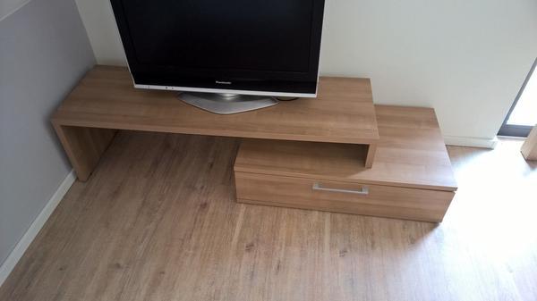 farb tv grundig gebraucht kaufen bei. Black Bedroom Furniture Sets. Home Design Ideas