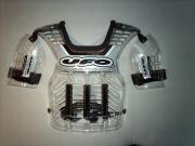 Ufo Anaheim Brustprotektor